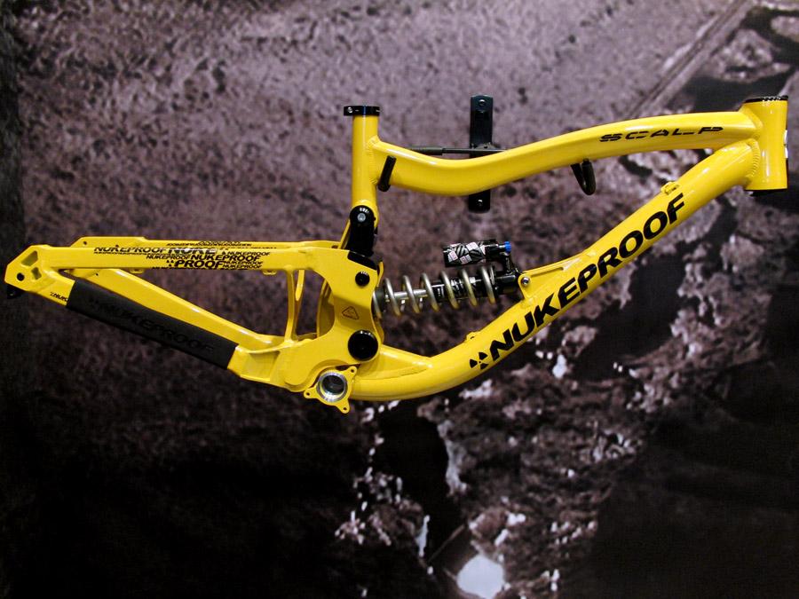mountainbike unter 1000 euro ersatzteile zu dem fahrrad. Black Bedroom Furniture Sets. Home Design Ideas